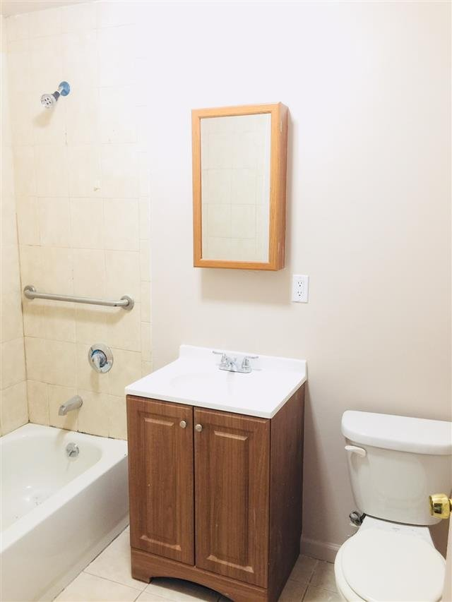 Main picture of House for rent in Bronx, NY